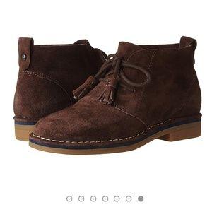 NWOB Hush Puppies Brown Crya Catelyn Chukka Boots